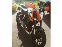 Ktm Duke 125. (GREAT BIKE AT A BARGAIN)
