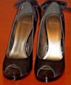 Ladies Carvela Shoes_Black_EU 41_Excellent Condition_RRP £85
