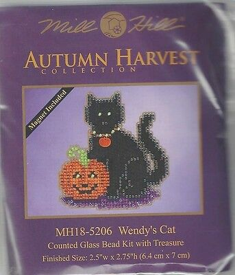 Halloween Wendy's Cat Glass Bead & Treasure Mill Hill Kit](Halloween Kit Kat)