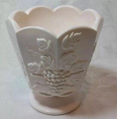 Vintage NAPCO CERAMICS Pink Milk Glass Grapes & Leaves Footed scallop Vase