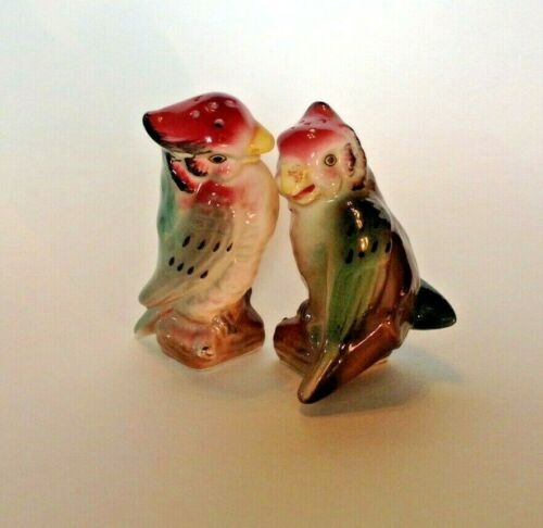 Salt And Pepper Shakers - Hand Painted Figurine Parrot Cockatiel Birds - Japan