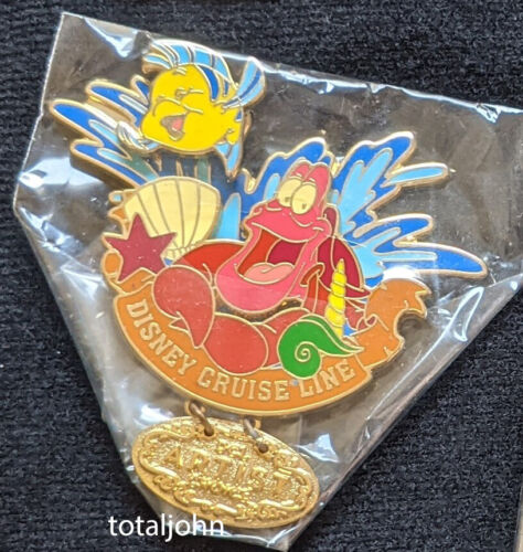 23690 DCL - August 2003 Artist Choice Sebastian & Flounder Dangle Pin