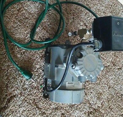 Gast Roc-r Piston Vacuum Air Pump 100 Psi