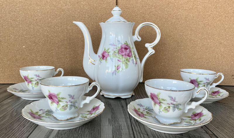 Vintage Floral Tea Pot Set w/4 Cups & Saucers Gold Trim Registered Made In Japan