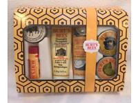 BRAND NEW Burt's Bees Tips & Toes Kit