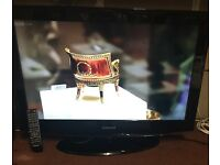 """Samsung 32"""" LCD TV Freeview HD"""