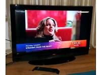 "Digihome 32""LCD HD TV with Freeview"
