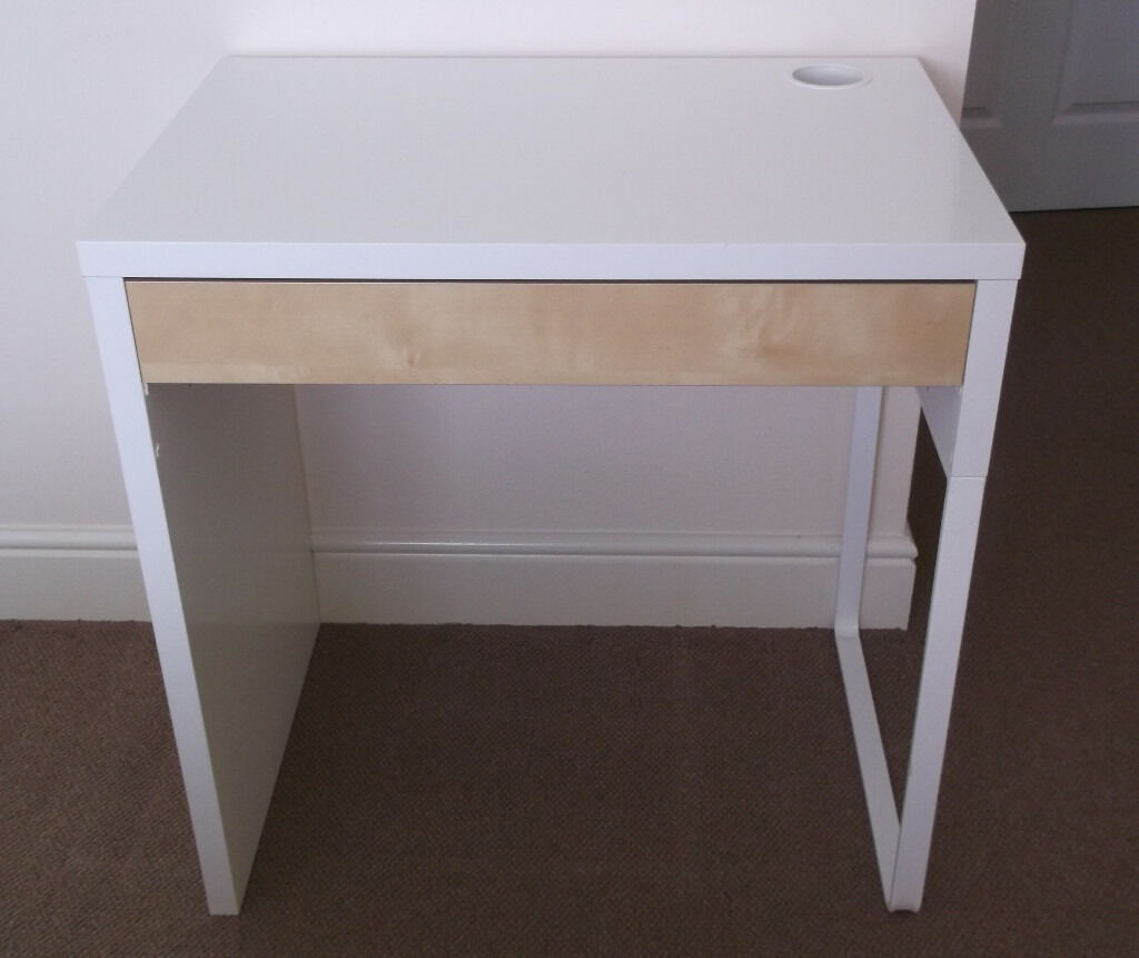 ikea micke white desk 25 in broughty ferry dundee gumtree. Black Bedroom Furniture Sets. Home Design Ideas