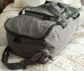 Kipling Trotter Large 84 Litre Zipped Holdall Duffel Bag With Wheels + Monkey