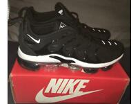 Nike Air Vapormax TN Plus Tuned Black White Mens Trainers UK 10 BRAND NEW IN BOX