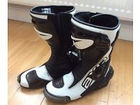 Axo Motor Cycle Race Boots, As New, UK 7.5