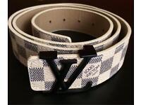 Louis Vuitton belt cream & gray