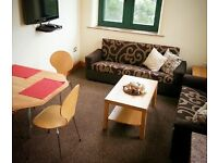 * WEST END HOUSE * STUNNING 2 BEDROOM APARTMENT * STUDENTS ONLY * FULLY FURNISHED *