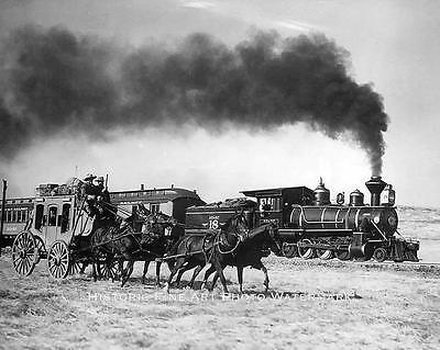 WESTERN STAGECOACH LOCOMOTIVE VINTAGE PHOTO COWBOYS HORSES WILD WEST #20785