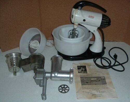 vintage sunbeam mix master model 10 with accessories