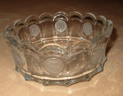 """Vintage FOSTORIA Coin Glass 7 1/2"""" CLEAR ROUND SCALLOPED SERVING CANDY BOWL EUC"""