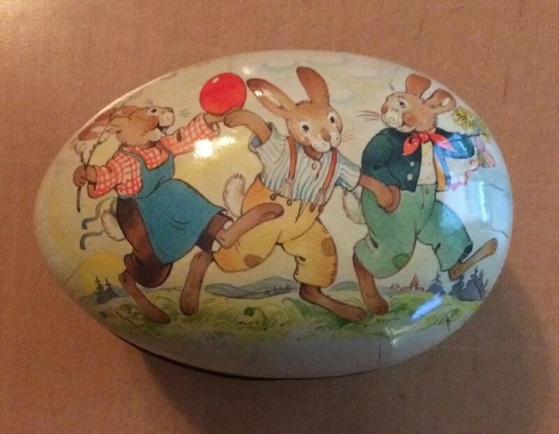 Vintage White Paper Mache Easter Eggs Container Made in Germany