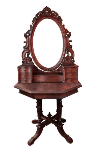 Your Guide to Buying an Antique Mirror