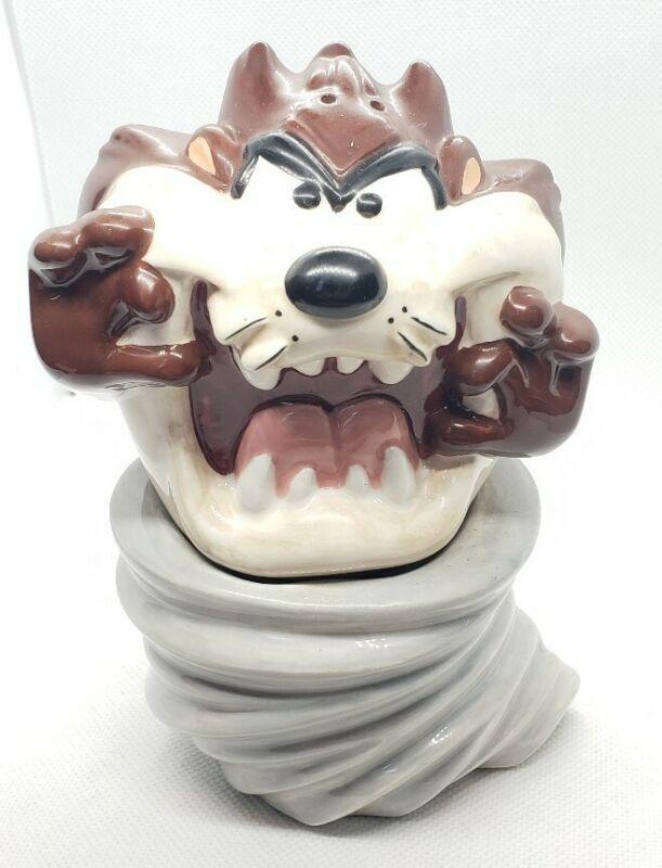 Warner Bros 1996 Tasmanian Devil Tornado Salt And Pepper Shaker Looney Tunes
