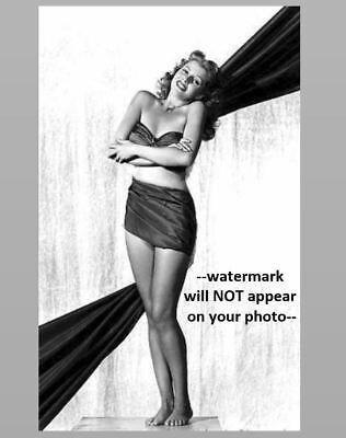 Sexy Pin-up Girl PHOTO WW2 Pinup Yank Magazine Girl Rita Hayworth 1945 US Army