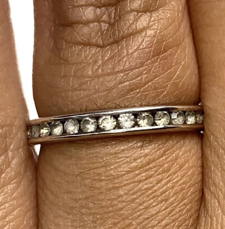 Vintage .925 Sterling Silver Ring Band with Clear Stones 7.75