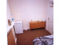 good size single room all bills included