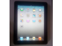 Apple Ipad 32GB Silver And Power Charger Adaptor & Leads