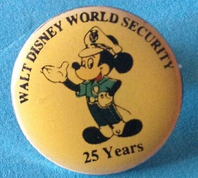 1996 WALT DISNEY WORLD CAST ONLY SECURITY POLICE MICKEY MOUSE 25 YEARS WDW PIN