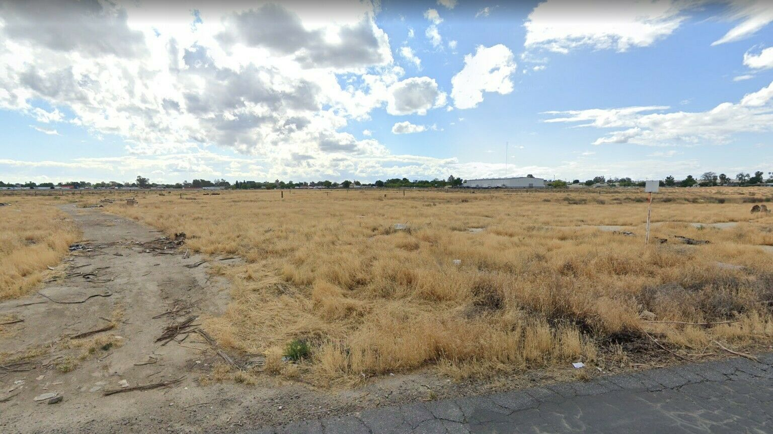 1/2 Acre Residential City Lot: Bakersfield California *113 Miles to Los Angeles*