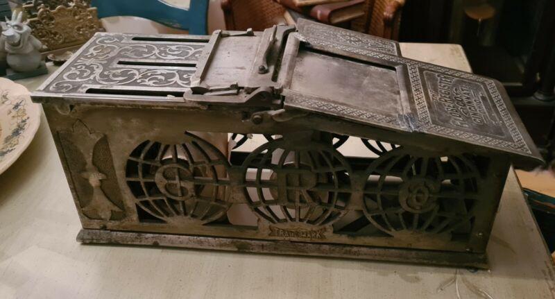 The Globe Register Company Cast Iron Receipt Machine Antique Cinncinati Ohio