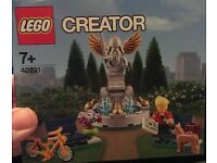 LEGO 40221 : Fountain, Brand new, sealed set.