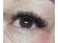 Eyelasch Extensions and Eyelash Lift