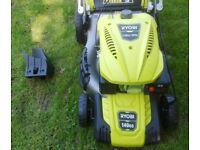 Ryobi RLM46140 140cc 46cm Petrol Lawnmower Self-Propelled