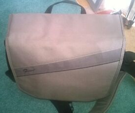 Lowepro event messenger 150 camera bag (quick sale)