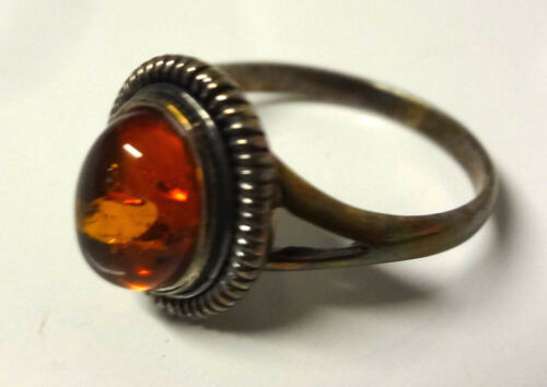 Vintage Victorian Sterling Silver CABOCHON NATURAL BALTIC AMBER Ring