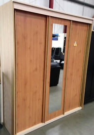 Hallignford-3 door Sliding Robe in very good condition