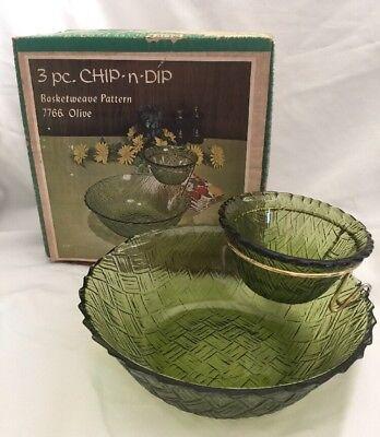 Vintage INDIANA GLASS 3 PC CHIP N DIP BASKET WEAVE PATTERN OLIVE 7766 2 Bowl Set