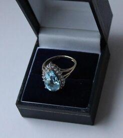 9ct Yellow Gold Topaz and Diamond ring