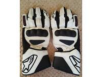 Ladies Alpinestar SP8 gloves.