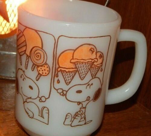 RARE Anchor Hocking Fire Peanuts Gang Snoopy Coffee Mug Milk Glass
