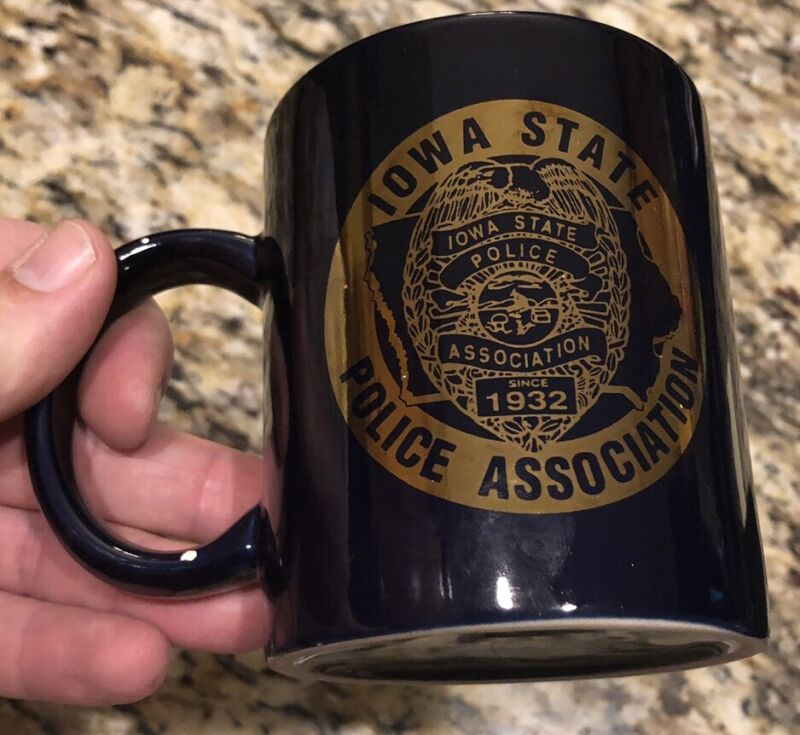 Des Moines Police/Iowa Police Association Coffee Mug. Free Shipping.