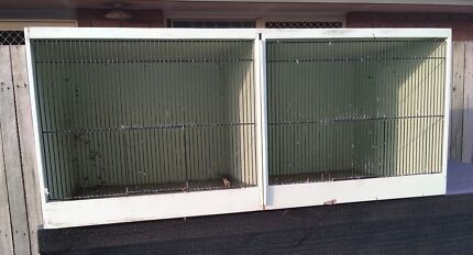 2 cage breeding aviary for small parrots or budgies