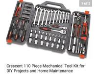 CRESENT PROFESSIONAL TOOL SET 110 PIECE BRAND NEW SEALED