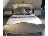 **GORGEOUS Bedroom Furniture Set** King Size Bed, 2 x Bedside Tables and Large 2 Drawer Chest