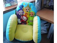 CHILD'S BLOW-UP TELETUBBIES CHAIR IN EXCELLENT ORDER