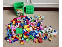 Mixed Lot DUPLO LEGO Minifigures Farm City Princess + Carry Bucket - Over 3kg's