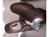 Men's size 9 golf shoes - brown