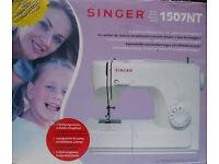 SEWING MACHINE - SINGER 1507NT