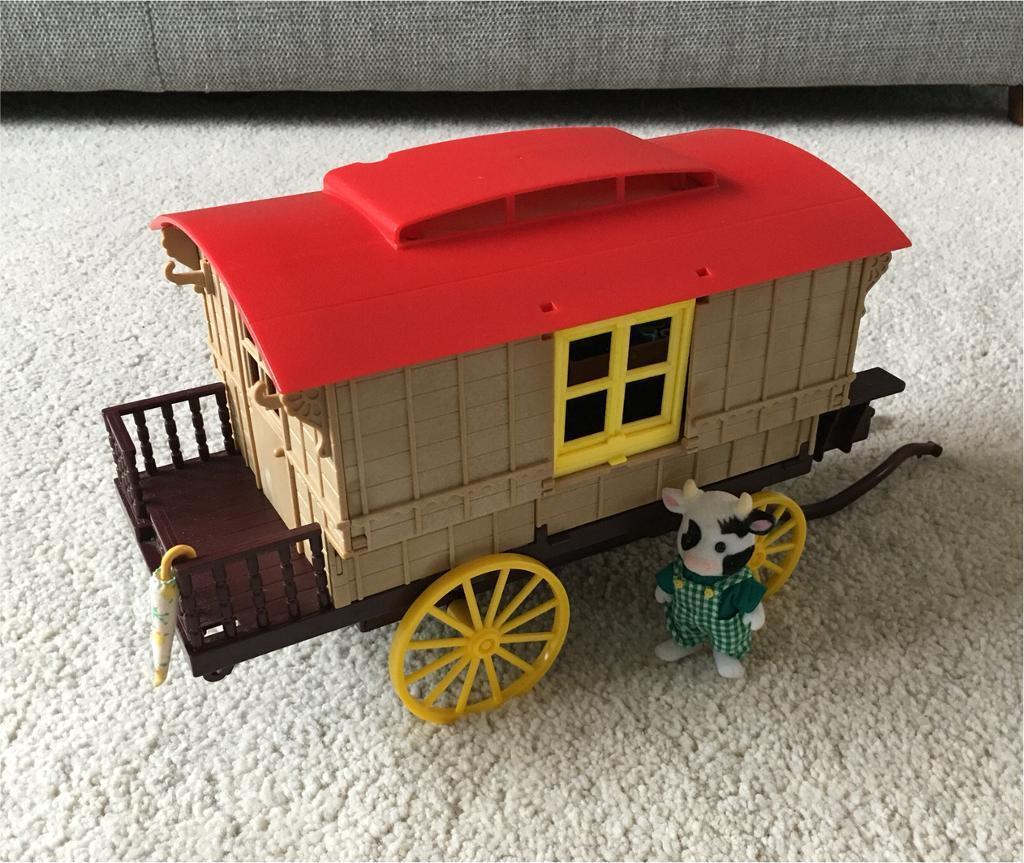 Sylvanian Families Gypsy Wagon with cow farmer character