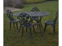 Garden Table & 4 Chairs.